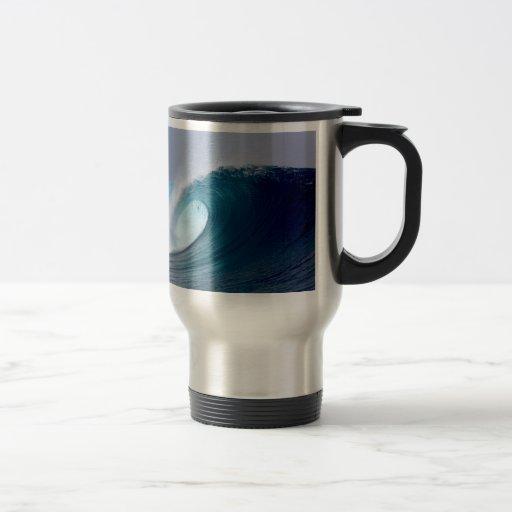 Blue ocean surfing waves 15 oz stainless steel travel mug