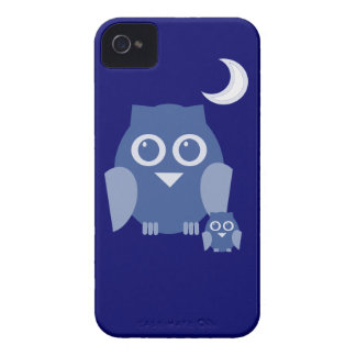 Blue owl with baby owl Case-Mate iPhone 4 case