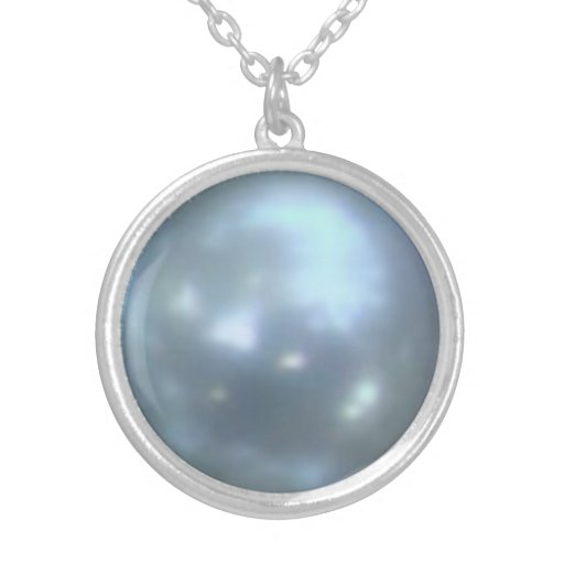 Blue Pearl Design Round Pendant Necklace