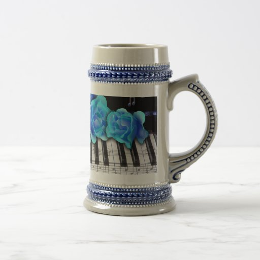 Blue Roses Piano Keyboard and Music Notes 18 Oz Beer Stein