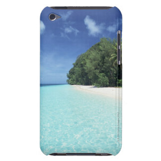 Blue sky and sea 8 iPod touch case