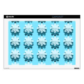 """Blue Snowflake Pattern 17"""" Laptop Skins"""