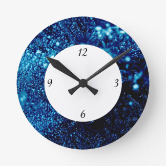 Blue sparkles Frozen ice bubbles with numbers Round Clock
