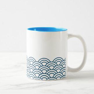 "Blue Waves ""Seigaiha"" WAGARA Two-Tone Coffee Mug"
