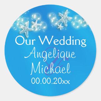 Blue white beach starfish wedding classic round sticker
