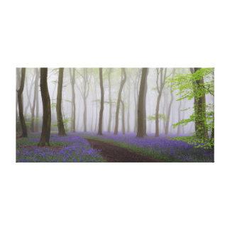 Bluebells en la lona de la niebla impresión en lienzo