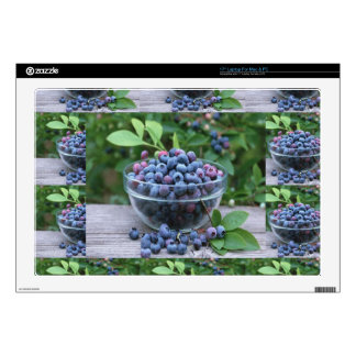 "Blueberries Chefs healthy cuisine Breakfast Salads 17"" Laptop Decal"