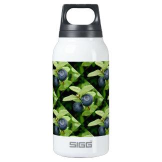Blueberries, Vaccinium ovalifolium Insulated Water Bottle