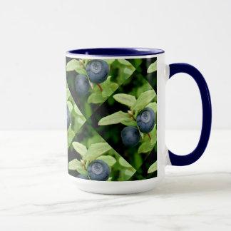 Blueberries, Vaccinium ovalifolium Mug