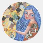 Blueberry Blonde Goddess, Round Sticker