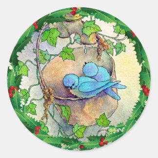 BLUEBIRDS, ACEBO y HIEDRA de SHARON SHARPE Pegatina Redonda