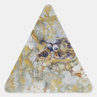 Bluebirds en la colección del regalo del arte de pegatina triangular