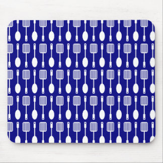 Bluel and White Kitchen Cooking Utensils Pattern Mouse Pad