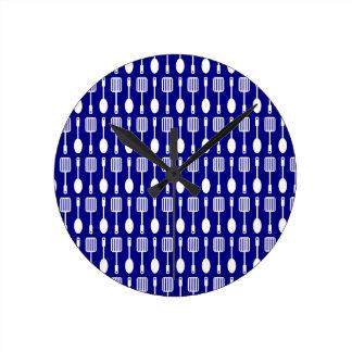 Bluel and White Kitchen Cooking Utensils Pattern Round Clock