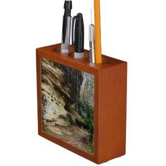Bluff Lined Walkway Pencil/Pen Holder