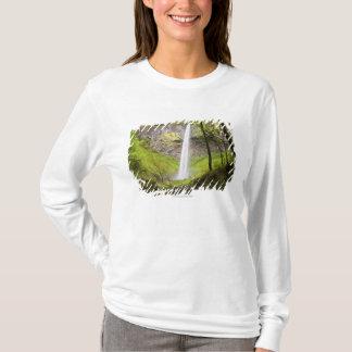 Blurred Waterfall around lush Greenery in Oregon T-Shirt