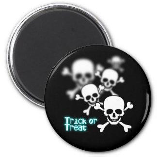 Blurry skull 2 inch round magnet