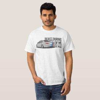 BMW e60 M5 - CarCorner T-Shirt
