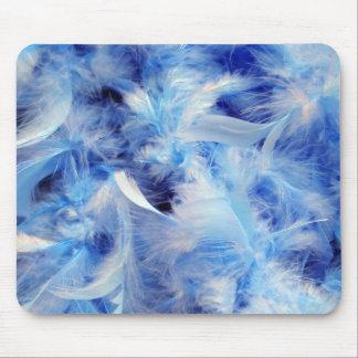 Boa de plumas azul suave alfombrilla de raton