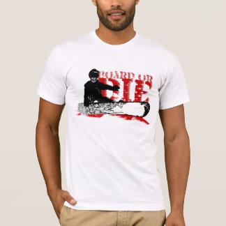 BOARD OR DIE. skeleboarder. shred wind. blk&red. T-Shirt
