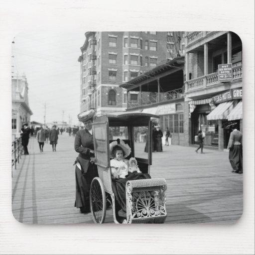 Boardwalk Transport: 1905 Mouse Pad