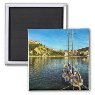 Boat Approaching Shore | Agropoli Magnet