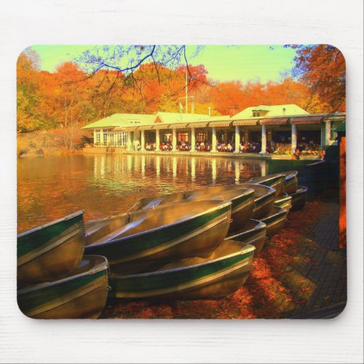 Boat house / Central Park 2006 Mouse Pad
