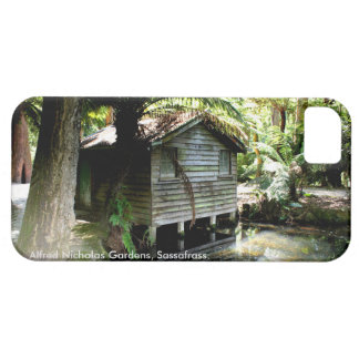 Boathouse - Alfred Nicholas Gardens iPhone SE/5/5s Case