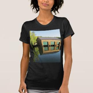 Boathouse del río de Squam T-shirts