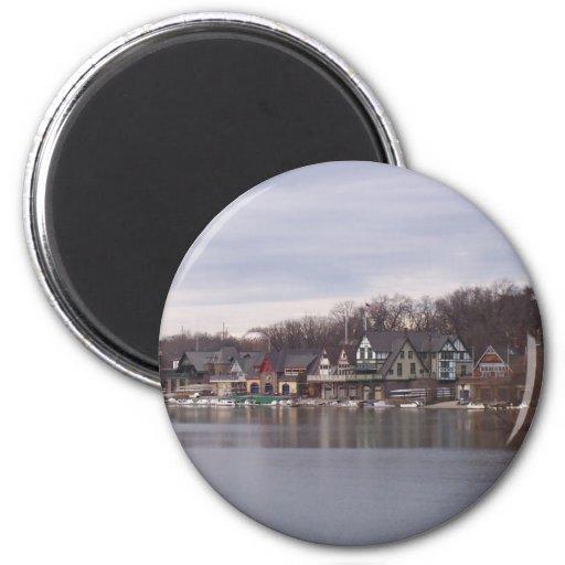 Boathouses de la universidad y de la universidad e imán redondo 5 cm