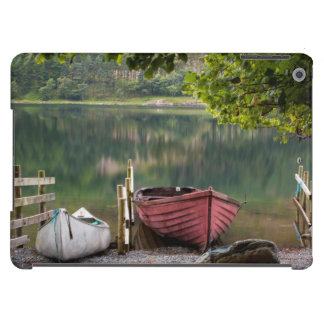 Boats along the shore of Buttermere Lake iPad Air Cover