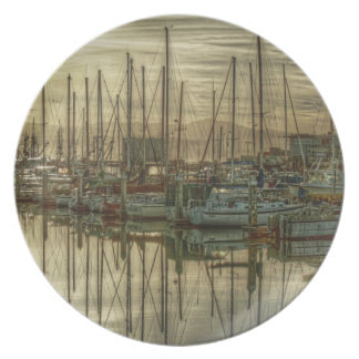 Boats in the Harbor 1 Plate