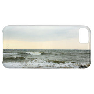 Boats in the sea and waves in the border of the be cover for iPhone 5C