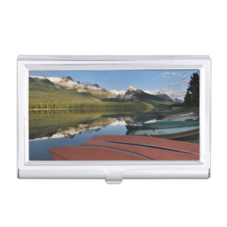 Boats parked on the lakeshore of Maligne Lake, Case For Business Cards