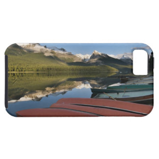 Boats parked on the lakeshore of Maligne Lake, iPhone SE/5/5s Case