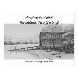 Boatshed antiguo, tierra del norte, Nueva Zelanda Tarjeta Postal