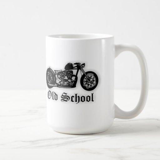 Bobber de la escuela vieja taza básica blanca