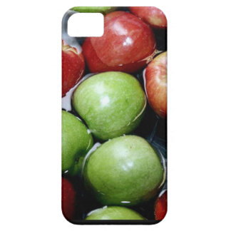 bobbing-for-apples.jpg iPhone 5 cases