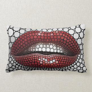 Boca hecha de círculos almohadas