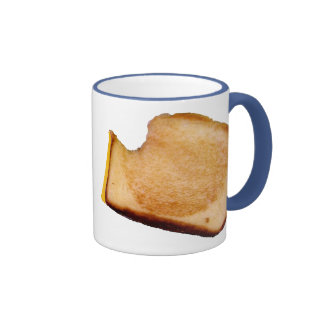 Bocadillo asado a la parrilla del queso tazas de café