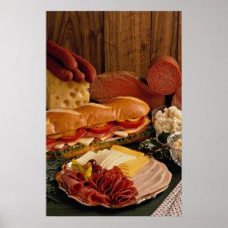 Bocadillo submarino delicioso con las carnes y el  póster