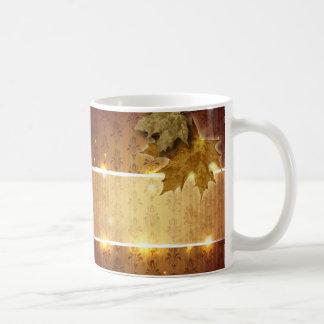 Boda atractivo de la caída de las hojas de oro del tazas