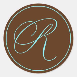Boda azul del monograma del chocolate del sello pegatina redonda