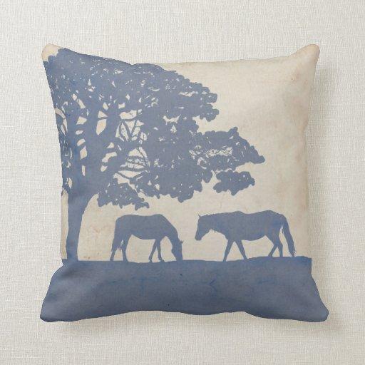 Boda azul y de marfil de la granja del caballo del cojín