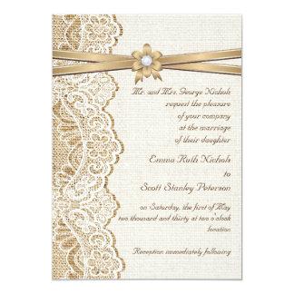 Boda blanco del cordón, de la cinta, de la flor y invitación