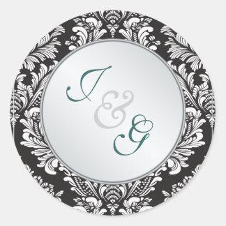 Boda blanco del negro del damasco del monograma pegatina redonda