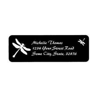 Boda blanco y negro de la libélula etiquetas de remite