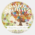 Boda caprichoso del árbol de la flor pegatinas redondas