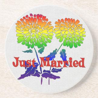 Boda de la flor del arco iris posavaso para bebida