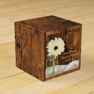 Boda de madera del granero de la margarita blanca cajas para regalos
